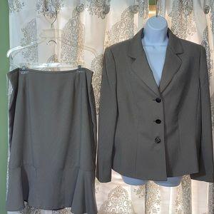 Le Suit blazer skirt Set
